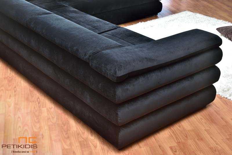 Σαλόνι γωνία Armani με μηχανισμό ανάκλησης στην πλάτη με μαύρο βελούδινο αδιάβροχο ύφασμα. Λεπτομέρεια.