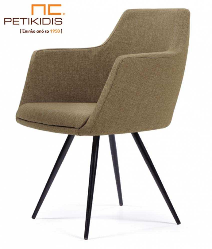 Καρεκλοπολυθρόνα Νο149 με μεταλλικά πόδια σε μαύρο χρώμα. Το ύφασμα είναι αδιάβροχο και αλέκιαστο σε λαδί απόχρωση.