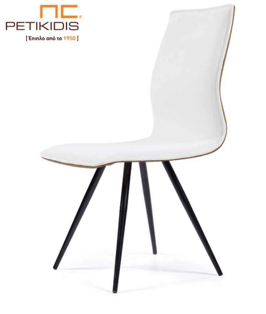 Καρέκλα No26 με μεταλλικά πόδια.Η πλάτη και το κάθισμα είναι με ύφασμα αδιάβροχο και αλέκιαστο σε λευκό χρώμα.