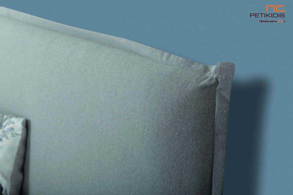 Υφασμάτινο κρεβάτι Anais της Linea Strom σε γκρι ύφασμα μονόχρωμο αλέκιαστο και αδιάβροχο. Το ύφασμα αφαιρείται από την βάση και το κεφαλάρι για εύκολο καθάρισμα. Λεπτομέρεια καφαλαριού.