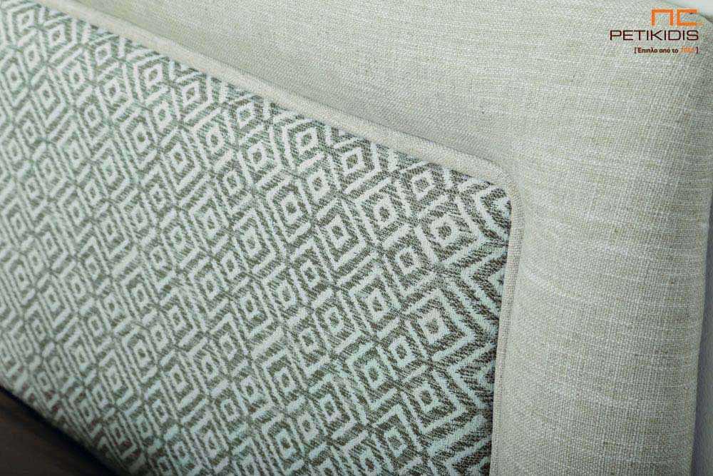 Υφασμάτινο κρεβάτι Ermina της Linea Strom σε γκρι μονόχρωμο ύφασμα και λεπτομέρειες από γεωμετρικά σχήματα. Λεπτομέρεια κεφαλαριού.