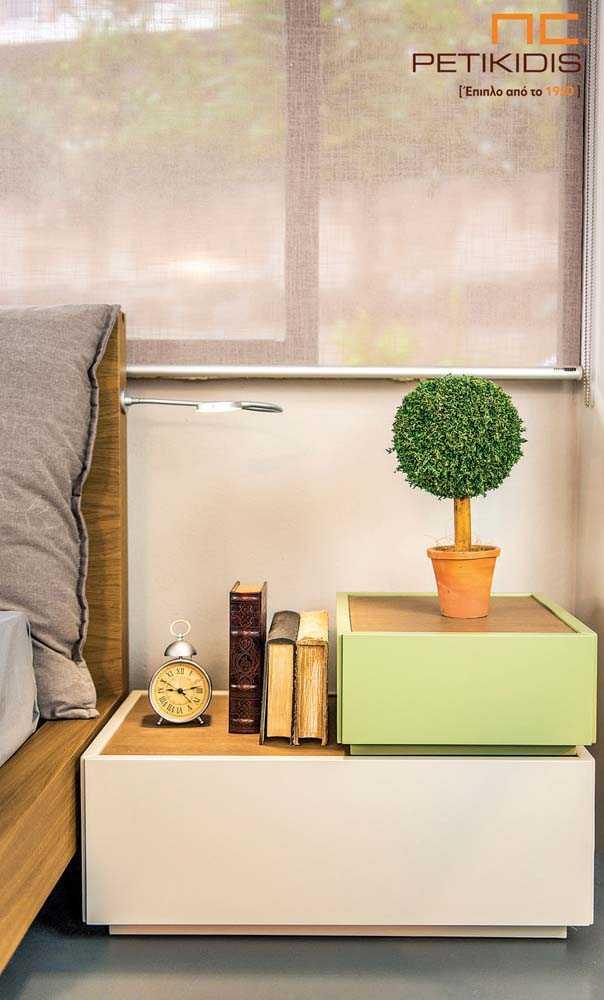 Κομοδίνο κρεβατοκάμαρας New free διπλό με λάκα και ξύλο δρυς