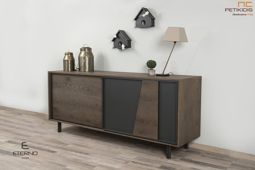 Μπουφές Harmony σε ξύλο δρυς ρουστίκ. Διαθέτει εσωτερικά συρτάρια και πόρτες συρόμενες για μεγαλύτερη ευκολία στο χώρο.