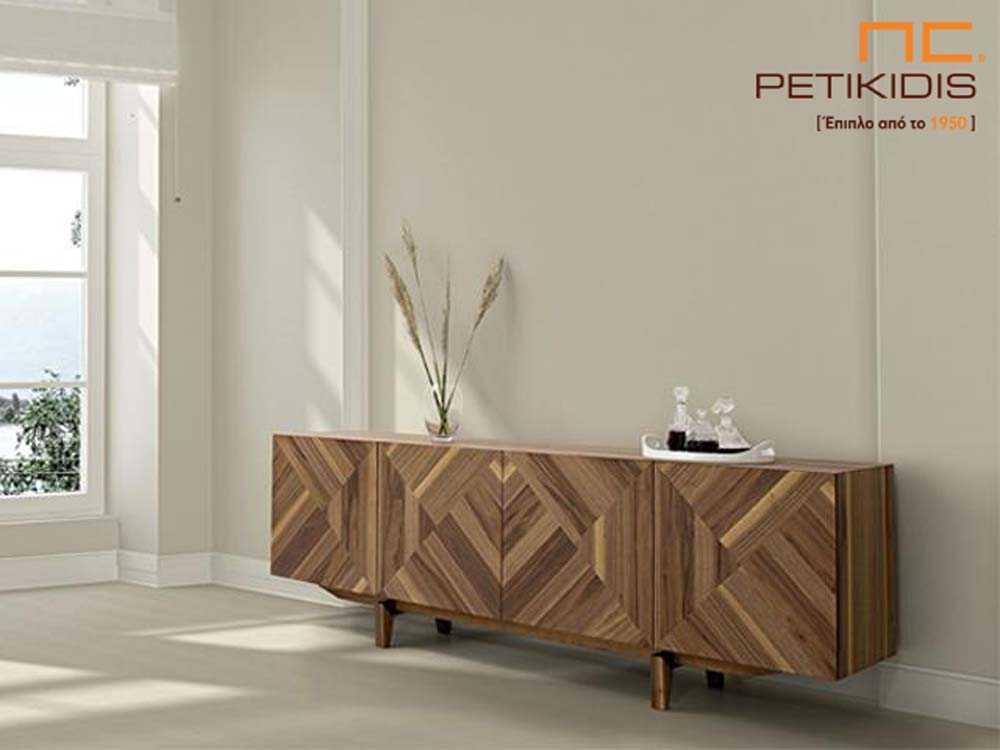 Μπουφές Gill από ξύλο καρυδιάς με ιδιαίτερο σχέδιο των νερών του ξύλου στα ντουλάπια.