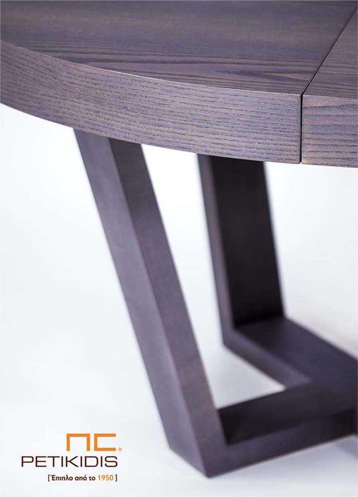 Τραπέζι Rottora T147 ροτόντα με δυνατότητα προέκτασης. Κατασκευάζεται από ξύλο δρυς.Λεπτομέρεια.