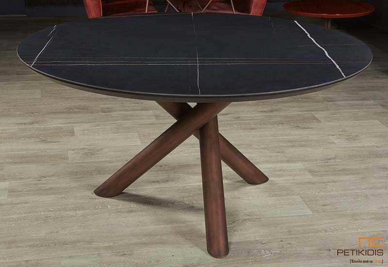 Τραπέζι Status ροτόντα με κεραμικό πάνω σε ξύλο με μεταλλική κεντρική βάση.