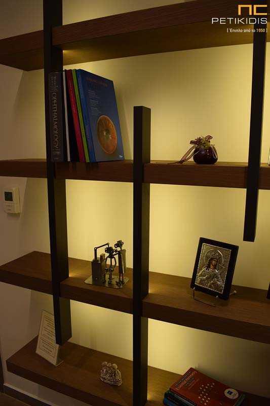Εσωτερική Διακόσμηση Ιατρείου - Φωτιζόμενη Βιβλιοθήκη