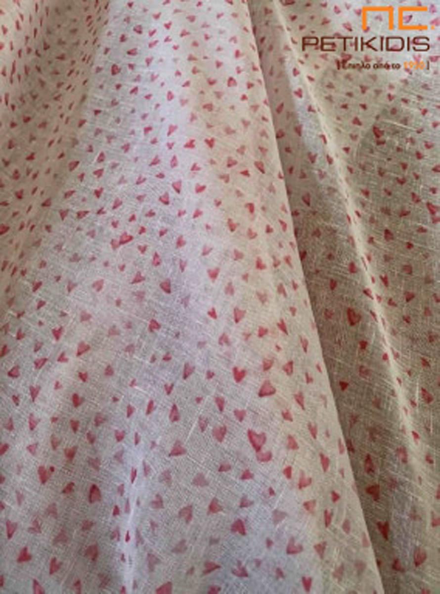 Κουρτίνα λεπτή παιδική σε ρομαντικό vintage ύφος με μοτίβο καρδούλες σε λευκό και ροζ χρώμα.