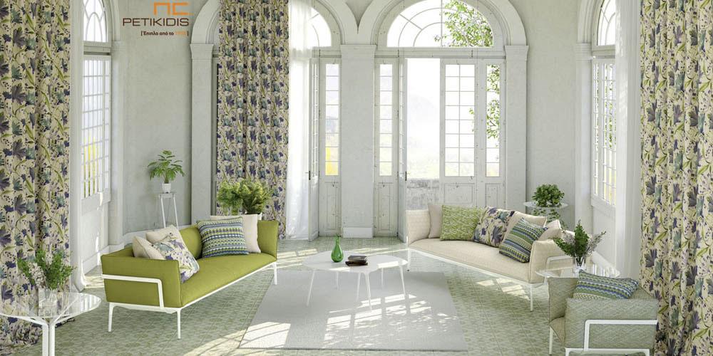 Υφάσματα επιπλώσεων και διακοσμητικών μαξιλαριών σε μεγάλη ποικιλία σχεδίων revert. Χρώματα σε εκρού, πράσινο και μπλε. Πλαϊνές κουρτίνες σε σχέδια με λουλούδια floral χρώματος εκρού, μπλε, μοβ και πράσινο. Φάρδος υφασμάτων 1,40μ. (κωδ. 267)