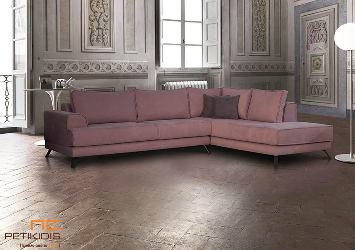 Σαλόνι γωνία Focus με ιδιαίτερο ροζ σταχτί χρώμα στο αλέκιαστο και αδιάβροχο ύφασμα.Διαθέτει μεταλλικά πόδια.