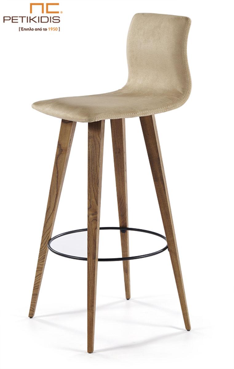 Σκαμπό Νο191-34 με βάση από μασίφ ξύλο οξιάς. Το κάθισμα και πλάτη είναι από εκρού τεχνόδερμα.